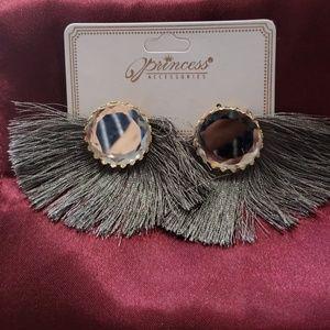 Jewelry - Fashion errings
